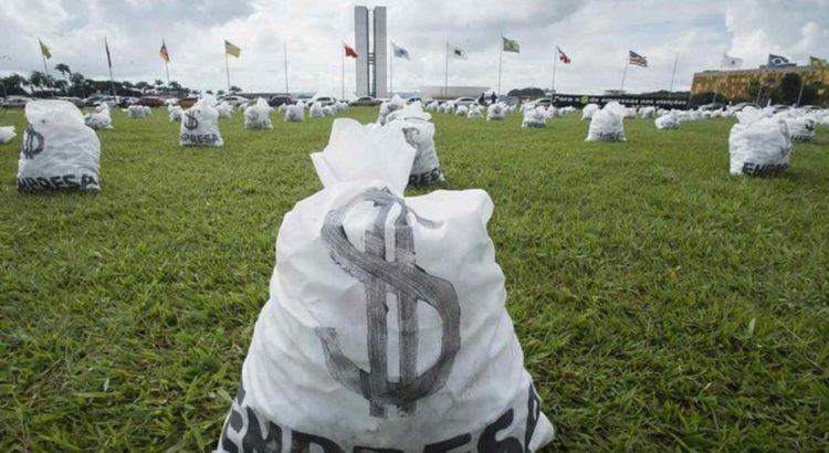 Protesto da CNBB em frente ao Congresso contra as doações empresariais em campanhas políticas