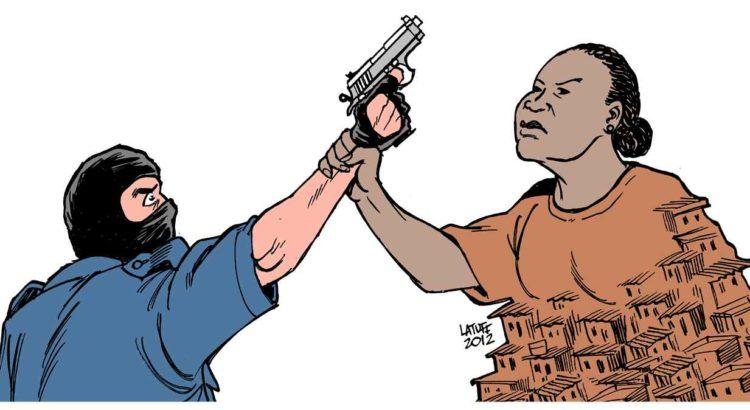 De acordo com Débora Maria, para o jovem negro, se propõe o aumento da maioridade penal, enquanto para o jovem branco são pensadas novas formas de cursos e planos de carreira.