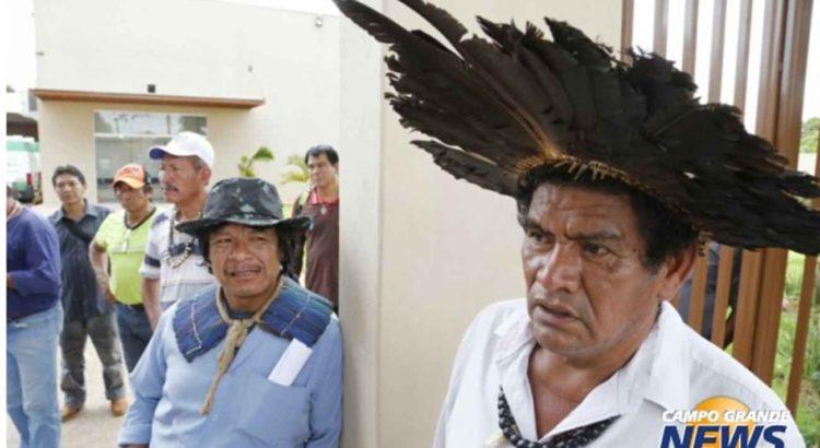 Cerca de 40 indígenas ocupam a sede do Dsei em MS. (Foto: Gerson Walber)